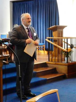 Synod Moderator Peter Meek